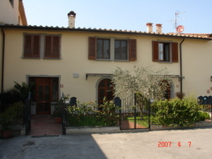 Bed and Breakfast Stella, Florence, Italy, go on a cheap vacation in Florence