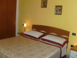 Bed E Breakfast Da Rosa, Linguaglossa, Italy, book bed & breakfasts and hotels now with IWBmob in Linguaglossa
