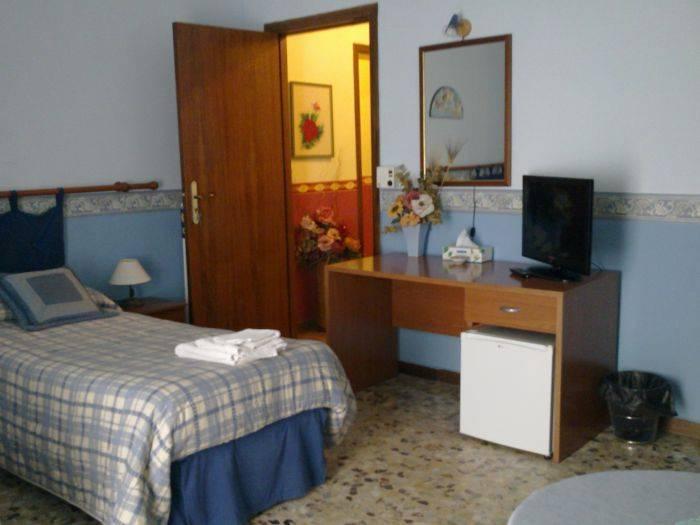 Bella Giulia, Ragusa, Italy, Explorar todo, desde hostales de lujo a las autopistas de autopistas en Ragusa