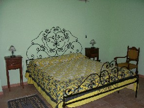 Bluindaco Bed and Breakfast, Rome, Italy, coolest hostels in the world in Rome