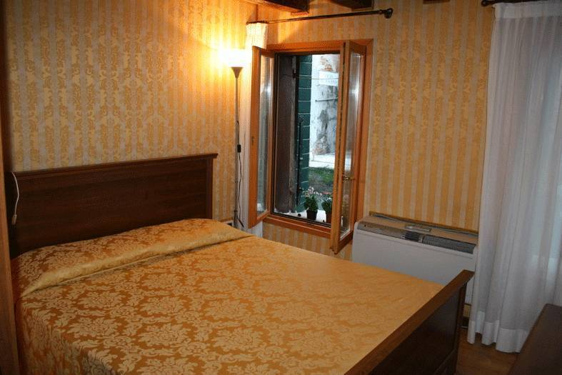 Ca' Albachiara Apartment, Venice, Italy, Italy hostels and hotels