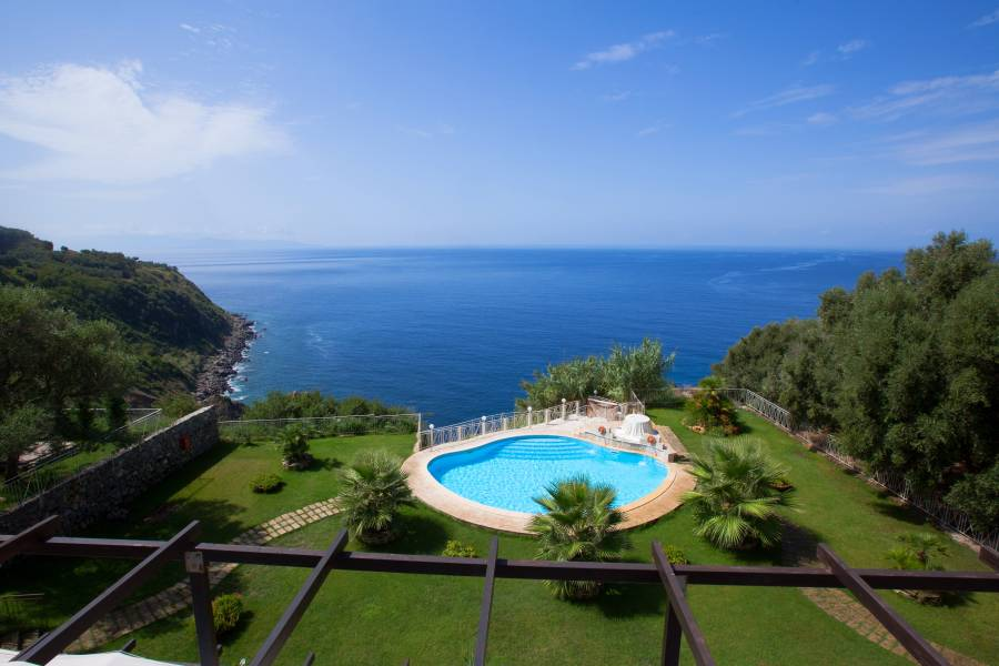 Caposperone Resort, Palmi, Italy, outstanding travel and hostels in Palmi