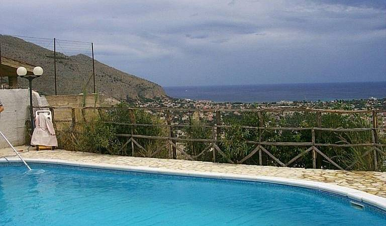 Alla Riserva Di Capo Gallo, best beach bed & breakfasts and hotels 2 photos