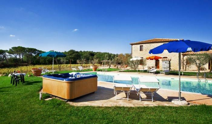 Antico Casale -  San Gimignano, Michelin rated bed & breakfasts in Poggibonsi, Italy 19 photos