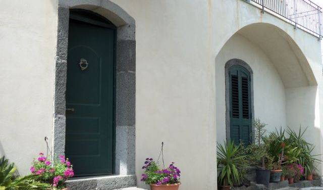 BandB At Mount Etna - Search available rooms and beds for hostel and hotel reservations in Milo, where to rent an apartment or aparthostel in Santa Venerina, Italy 6 photos