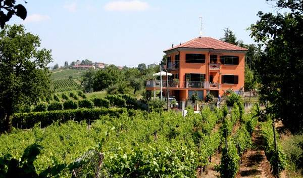 Villa I Due Padroni, popular locations with the most hostels 15 photos