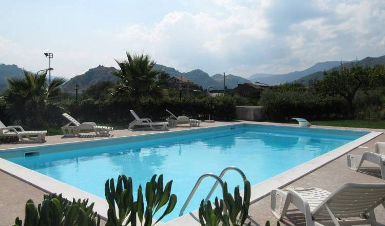 BBghiritina -  Francavilla di Sicilia, where are the best new bed & breakfasts in Santa Venerina, Italy 2 photos