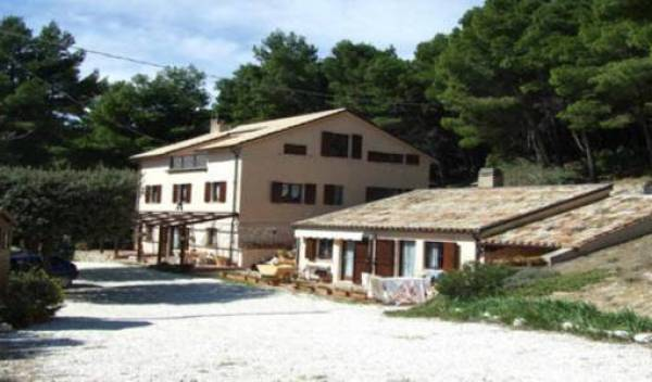 Bed and Breakfast L'Infinito - Search for free rooms and guaranteed low rates in Sirolo 13 photos