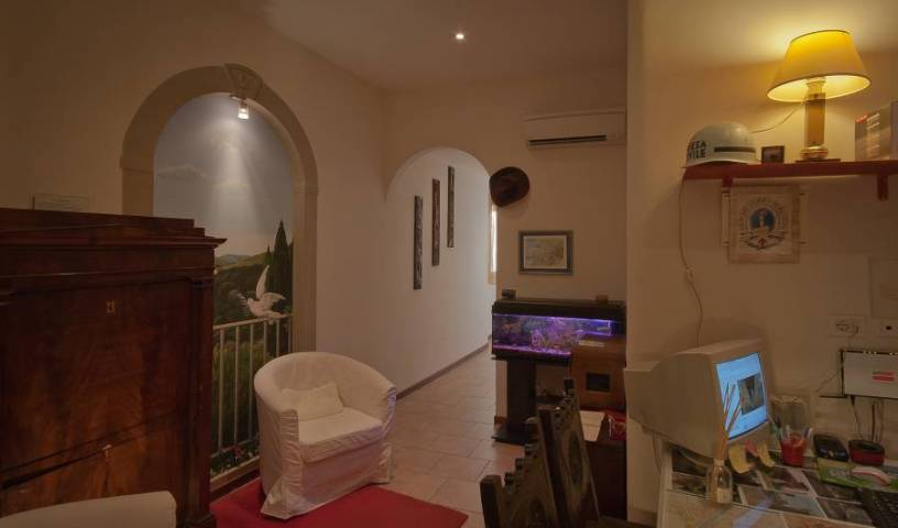 Casa Billi, easy bed & breakfast bookings in Pistoia, Italy 27 photos