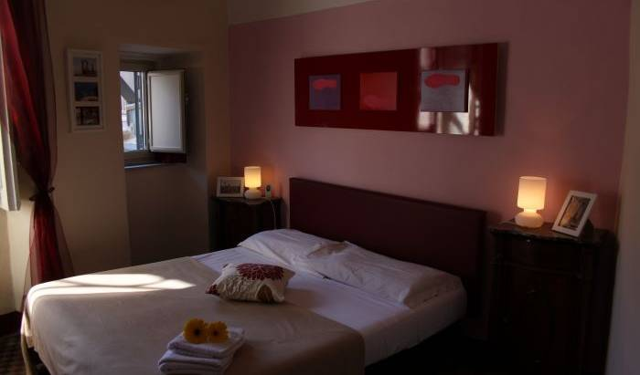 Da Gianni E Lucia - Search available rooms and beds for hostel and hotel reservations in Catania 22 photos