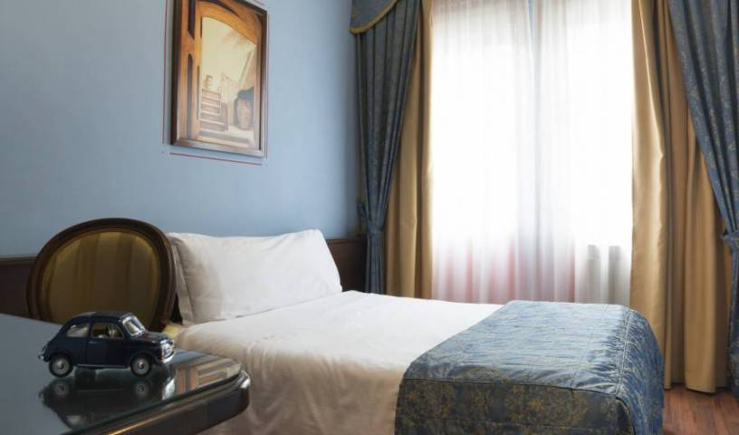Hotel Cristallo - Search for free rooms and guaranteed low rates in Turin 17 photos