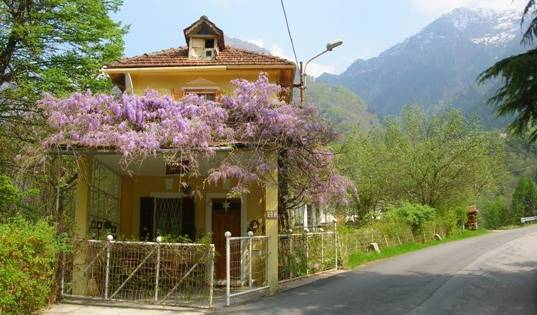 Residenza Dello Scoiattolo -  Anzino, book bed & breakfasts and hotels now with IWBmob 7 photos