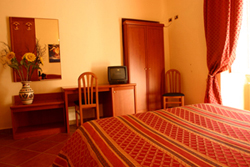 Discover Roma Hotel, Rome, Italy, Italy bed and breakfast e alberghi