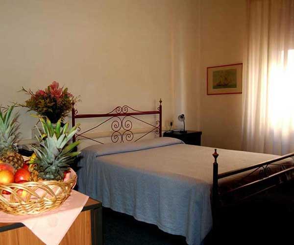 Giappone Inn Parking Hotel, Livorno, Italy, Italy hostels and hotels