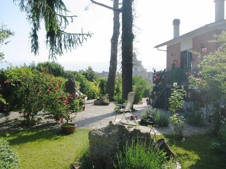 Happy Time, Zagarolo, Italy, how to choose a hostel or backpackers accommodation in Zagarolo
