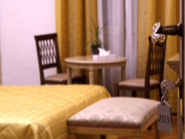 Hotel Adler, Rome, Italy, hostels with culinary classes in Rome
