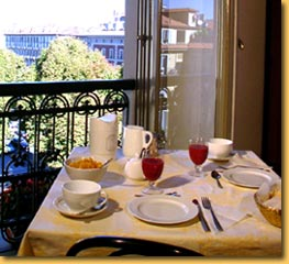 Hotel Artua, Turin, Italy, guesthouses and backpackers accommodation in Turin