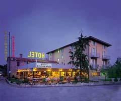Hotel Darsena, Passignano Sul Trasimeno, Italy, affordable guesthouses and pensions in Passignano Sul Trasimeno