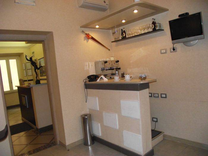 Hotel Elide, Rome, Italy, affordable backpackers hostels in Rome