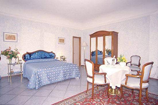 Hotel Goldoni, Florence, Italy, Italy hostels and hotels
