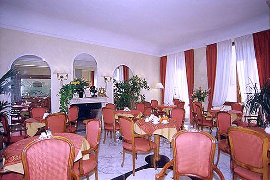 Hotel Goldoni, Florence, Italy, low cost lodging in Florence