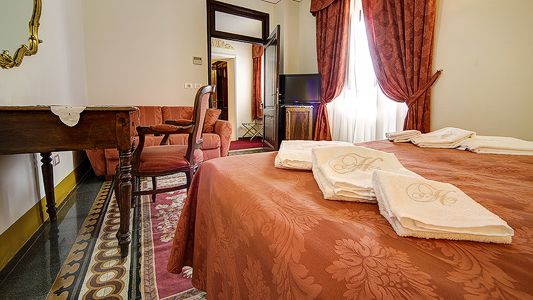 Hotel Portici, Arezzo, Italy, Italy hostels and hotels