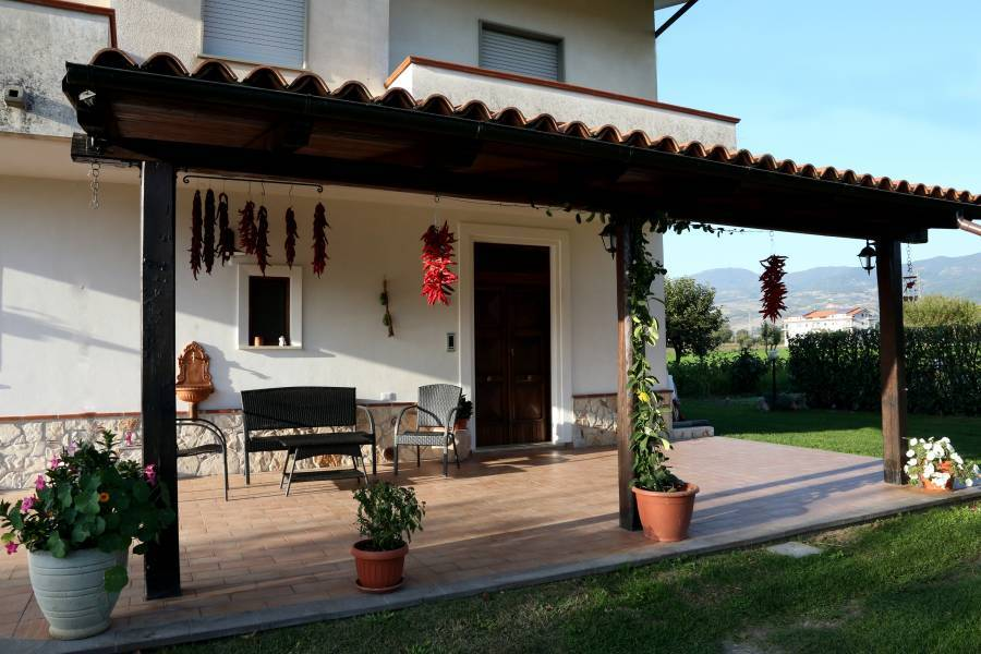 Il Tiglio BB, Padula, Italy, cheap bed & breakfasts in Padula