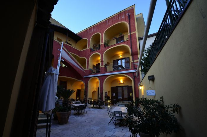 Manouche BB Bistrot, Caserta, Italy, Italy bed and breakfasts and hotels