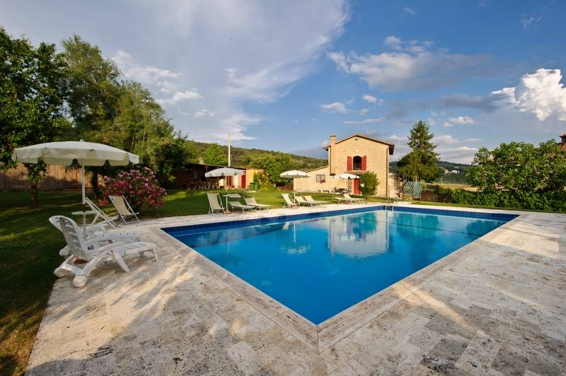 Podere Del Pereto, Arezzo, Italy, we guarantee the lowest price for your bed & breakfast in Arezzo