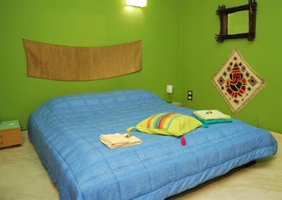 Rapa Nui Rooms, Catania, Italy, Italy hostels and hotels