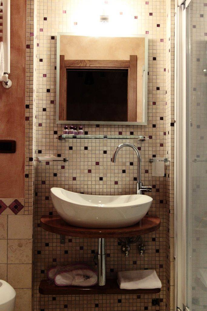 Rhona's Rooms Bed and Breakfast, Rome, Italy, join the best hostel bookers in the world in Rome