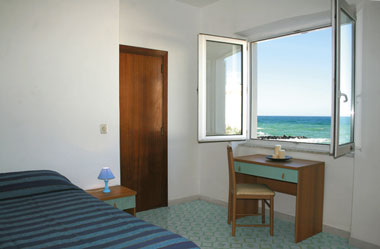Rotonda Sul Mare, Forio, Italy, BedBreakfastTraveler.com receives top ratings from customers and B&Bs as a trustworthy and reliable travel booking site in Forio