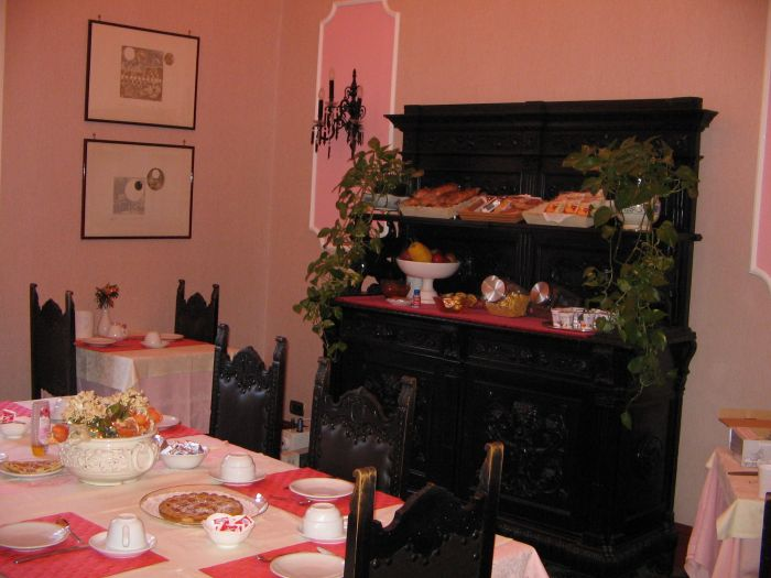 Rubens Rooms and Breakfast, Catania, Italy, guest benefits in Catania