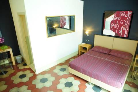 Sangiuliano 114 B and B, Catania, Italy, cool hostels and backpackers in Catania