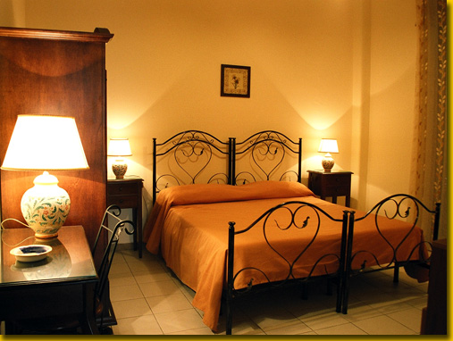 Sicilia Home, Catania, Italy, how to select a bed & breakfast and where to eat in Catania
