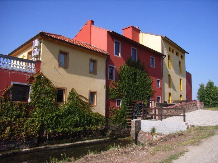 Tenuta del Vecchio Mulino, Vercelli, Italy, Italy hostels and hotels