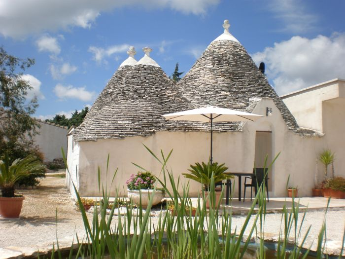 Trullicolarossa, Alberobello, Italy, Italy bed and breakfasts and hotels