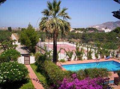 Villa Amodeo BB, Paceco, Italy, family history trips and theme travel in Paceco