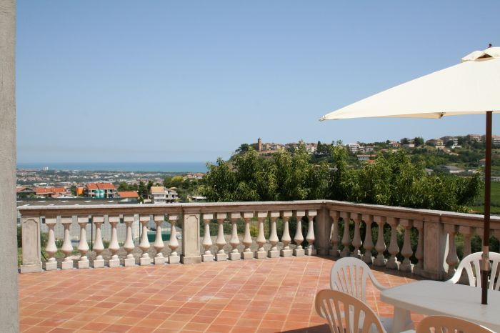 Villa Adriatica, Pescara, Italy, Italy hostels and hotels