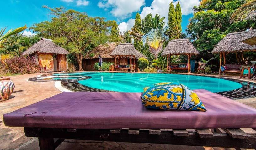 Diani Backpackers, cheap bed and breakfast 19 photos