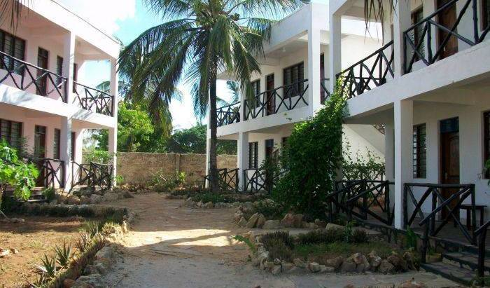 Msafiri Cottages - Search available rooms and beds for hostel and hotel reservations in Mombasa 5 photos
