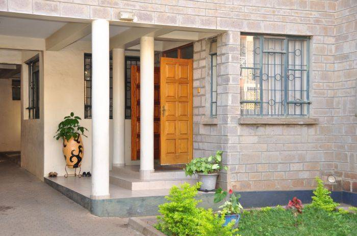 Southhood Villa, Nairobi South, Kenya, reliable, trustworthy, secure, reserve confidently with BedBreakfastTraveler.com in Nairobi South