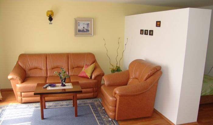 Apartments Dona - Get cheap hostel rates and check availability in Lagadin 8 photos