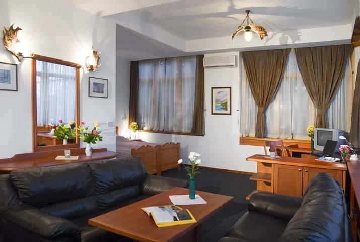 Hotel Hunter's Lodge Kamnik, Skopje, Macedonia, big savings on bed & breakfasts in destinations worldwide in Skopje