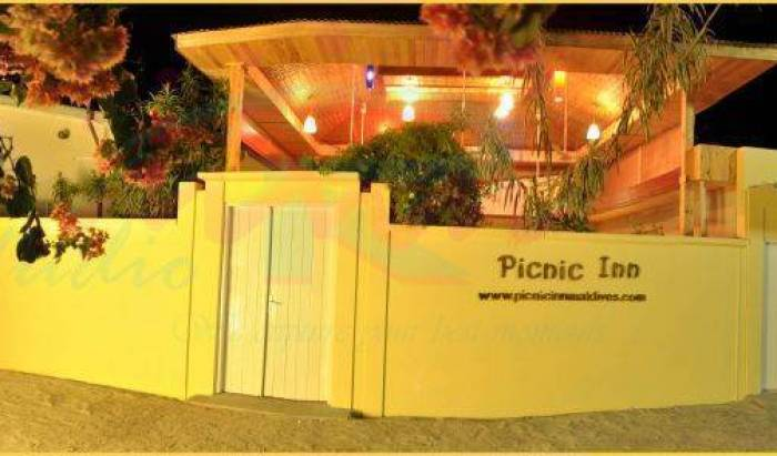 Picnic Inn - Search available rooms and beds for hostel and hotel reservations in Eboodhoo 12 photos
