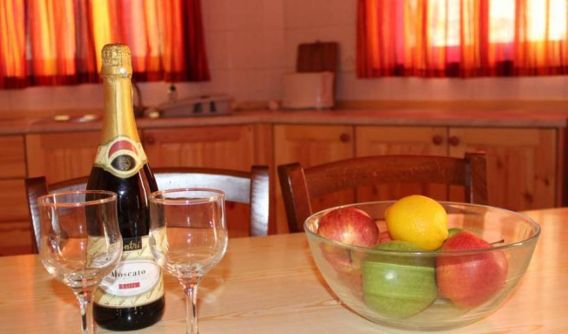 AA Apartments - Get cheap hostel rates and check availability in Marsalforn 4 photos