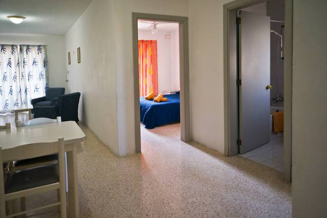 Shamrock Holiday Apartments, San Pawl il-Bahar, Malta, Malta hostels and hotels