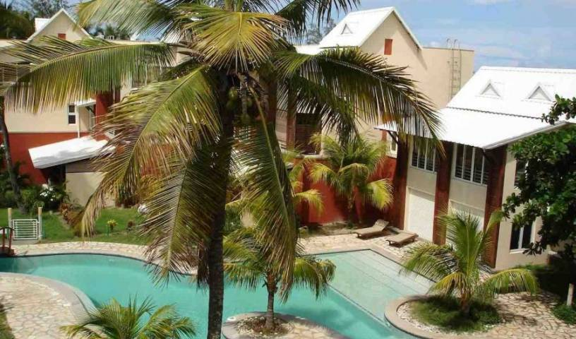 Cape Garden Residence - Search for free rooms and guaranteed low rates in Pereybere 24 photos