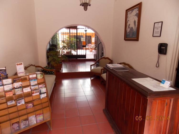 Alcatraz Hostal, San Miguel de Allende, Mexico, book flights and rental cars with hostels in San Miguel de Allende