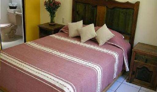 Nizadu Hostel - Search for free rooms and guaranteed low rates in Oaxaca de Juarez 7 photos